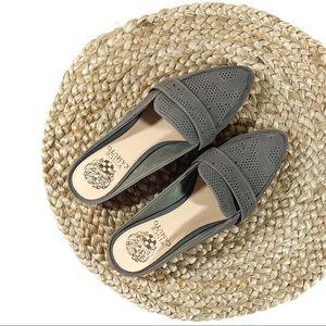 ✨HP✨Vince Camuto | 6.5 Gray Kaylana Loafer Mule